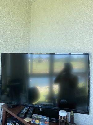 """TV 40"""" insignia for Sale in Pompano Beach, FL"""