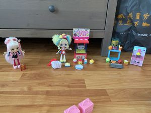 Random sets of Shopkins and shoppies. for Sale in Chicago, IL
