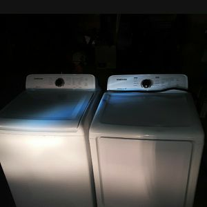 Samsung Electric Washer And Dryer Set for Sale in Deer Park, TX