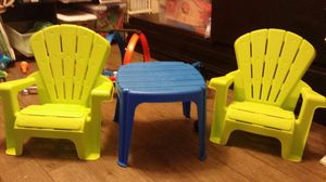 Kids table and chairs for Sale in Austin, TX