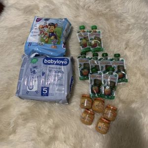 Bundle of Baby food and diapers for Sale in Anaheim, CA
