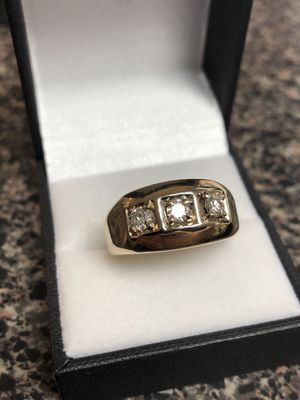 Men's gold & diamond ring for Sale in San Angelo, TX