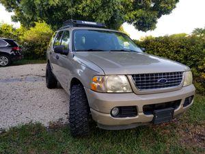 2005 ford explorer v6 4x4 for Sale in Miami, FL