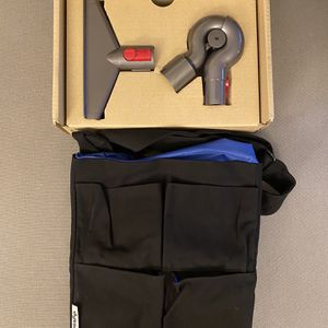 BRAND NEW Genuine Dyson Vacuum Furniture Detail Kit for V10 for Sale in Los Angeles, CA