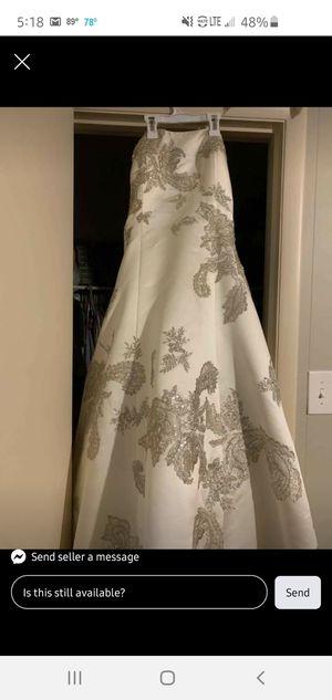 Oleg Cassini Ivory Wedding Dress sz 8 for Sale in Bessemer, AL