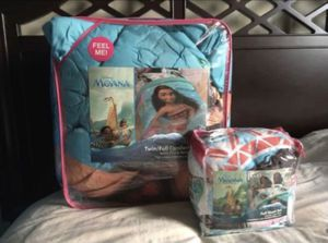 Moana Bedding-6 Items for Sale in Tacoma, WA