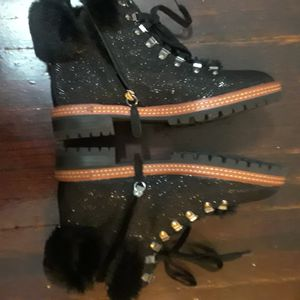 A pair of Kate Spade boots Size 8 for Sale in New York, NY