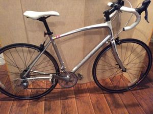 Specialized dolce elite 55CM road bike for Sale in Dallas, TX