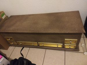 Solid wood chest/ tv stand for Sale in Las Vegas, NV