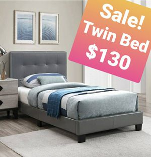 Gray Faux Leather Tufted headboard Bed comes in size Twin No Box spring needed for Sale in Los Angeles, CA