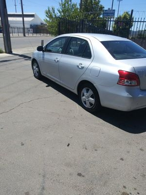 Nice 2007 toyota yaris runs real smooth absolutely no lights on 120.000 miles registered til August..3000.o.b.o.. for Sale in Stockton, CA