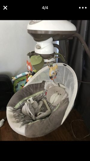 Electric baby swing for Sale in San Diego, CA