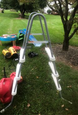 """Ladder for 42"""" pool never used for Sale in Martinsburg,  WV"""