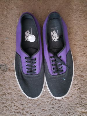 Vans nice skate shoes....size 11.5 for Sale in Albuquerque, NM