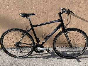 Trek fx7.5 Carbon fork hybrid bike, medium size, mint condition, Fred tuned for Sale in Lighthouse Point, FL