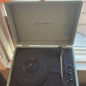 Crosley Record Player for Sale in Rancho Cucamonga, CA