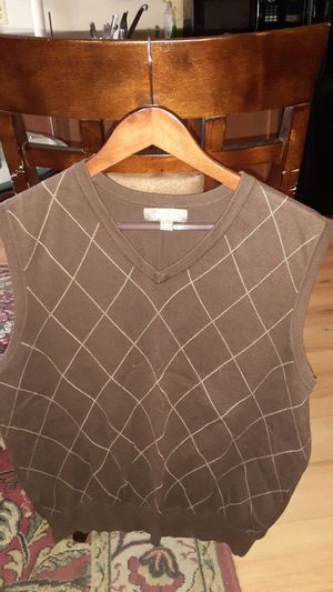 Mens Brown Sweater Vest Size M for Sale in Washington, DC