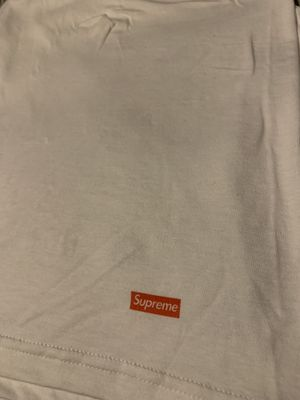 Supreme x Hanes XL white tee for Sale in Fulton, OH
