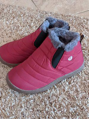 New boys/girls snow boots size 2/3 for Sale in San Bernardino, CA