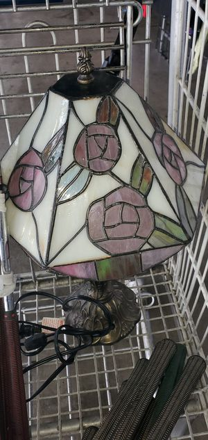 Vintage Tiffany style lamp for Sale in Los Angeles, CA
