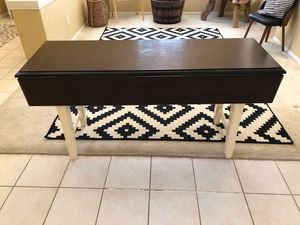Pier 1 Table for Sale in Rancho Cucamonga, CA