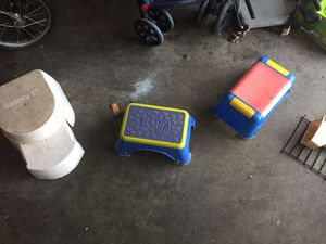 Kids stools and high chairs booster seats $5-7 for Sale in Bloomington, IL