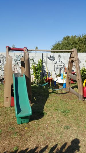 Step 2 clubhouse swingset for Sale in Peoria, AZ
