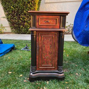 Embellished Dark Wood End Table for Sale in Fremont, CA