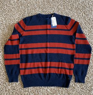Crewneck sweater size M brand new for Sale in Los Angeles, CA