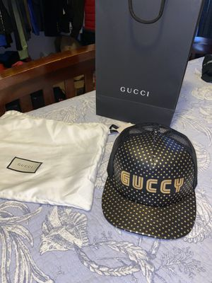 Gucci adjustable hat size medium for Sale in Kissimmee, FL