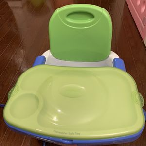 Fisher Price Healthy Care Booster Seat for Sale in Germantown, MD