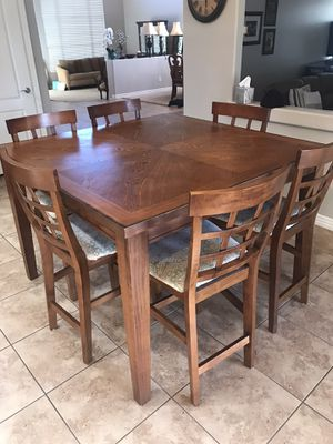 Hi Top Kitchen Table for Sale in Peoria, AZ