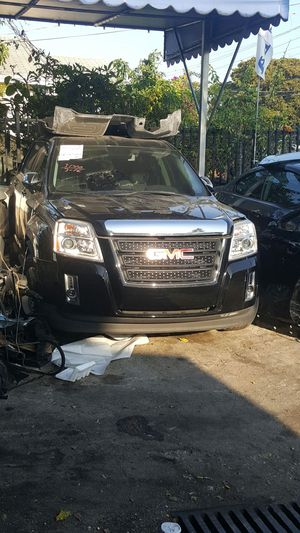 2014 GMC TERRAIN PARTS ONLY for Sale in Coral Gables, FL