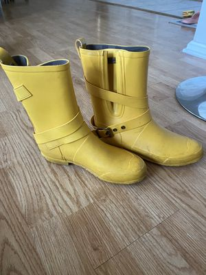 Burberry Rainboots for Sale in Cleveland, OH