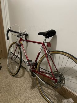 Schwinn Varsity Vintage Road Bike for Sale in Brooklyn, NY