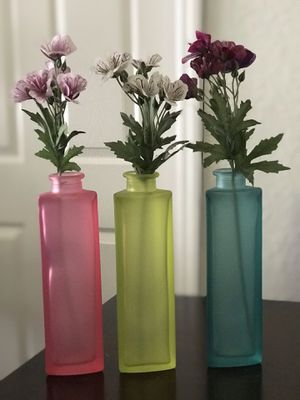 Glass Vase with flowers for Sale in Orlando, FL