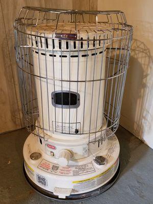 Dyna Glo Kerosene Heater for Sale in Summerdale, PA