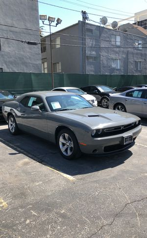 2017 Dodge Challenger SXT Coupe for Sale in Los Angeles, CA