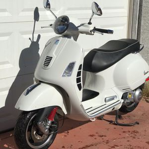 2013 Vespa GTS300 Scooter for Sale in Phoenix, AZ