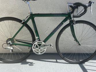 Trek 5000 Carbon Road Bike OCLV for Sale in Rancho Cucamonga,  CA