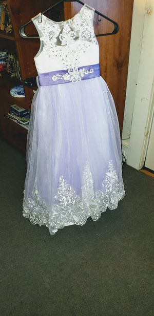 Flower girl/pageant purple dress 7/8 for Sale in Winchendon, MA