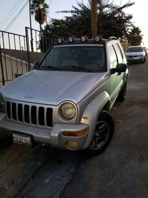 Jeep liberty 2004 for Sale in Hazard, CA