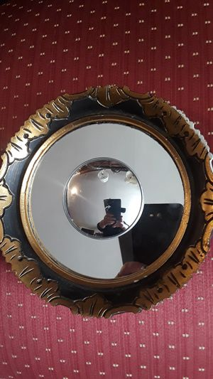 """Gorgeous Antique small round wall mirror. 8"""" diameter. BEST OFFER!! for Sale in New York, NY"""