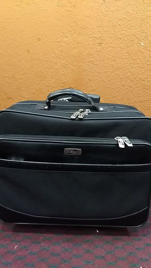 American tourister bag for Sale in Denver, CO