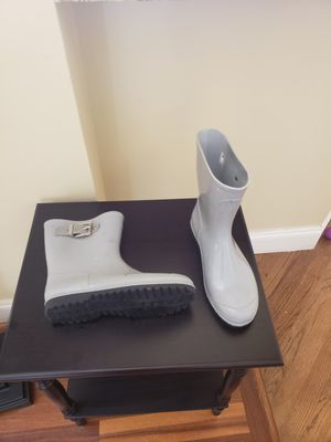 Aldo grey rain boots for Sale in Fort Lauderdale, FL