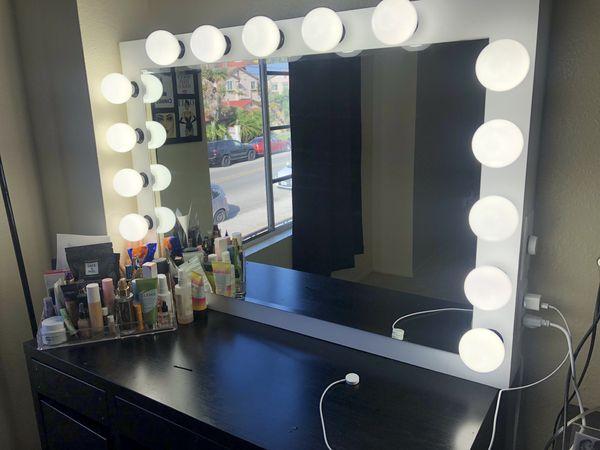 36x24 Makeup VANITY MIRROR Brand New Dimmable light, light plug, BULBS INCLUDED