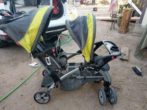 Double seat stroller for Sale in Buckeye, AZ