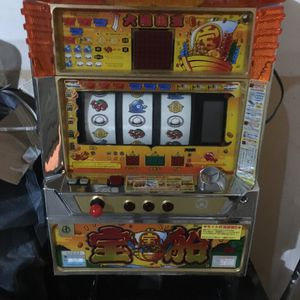 Slot Machine, Stand And Chair for Sale in Lewisville, TX