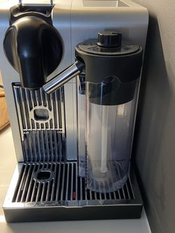 Nespresso Lattissima for Sale in Arlington,  VA