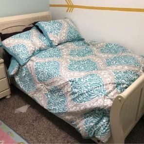 Twin bedroom set for Sale in Piedmont, OK